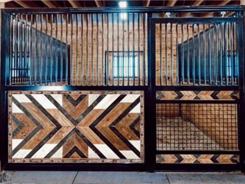 horse barn door cowgirl magazine