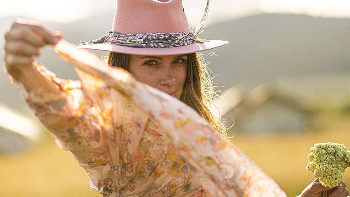 jw bennett hats cowgirl magazine