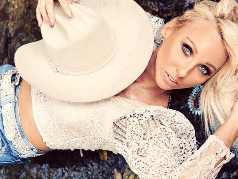 becca bowen cowgirl magazine