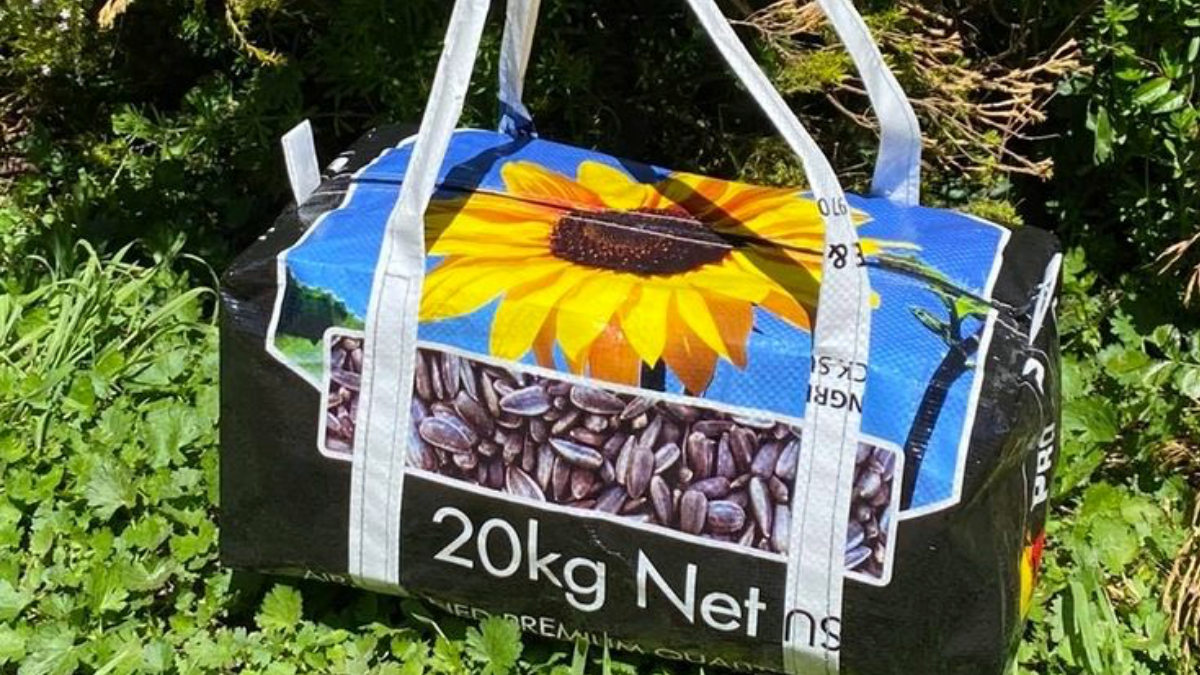 feed-bag-tote-cowgirl-magazine