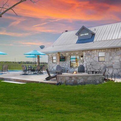countryside getaway air b&b absolute charm b&b + vacation rentals
