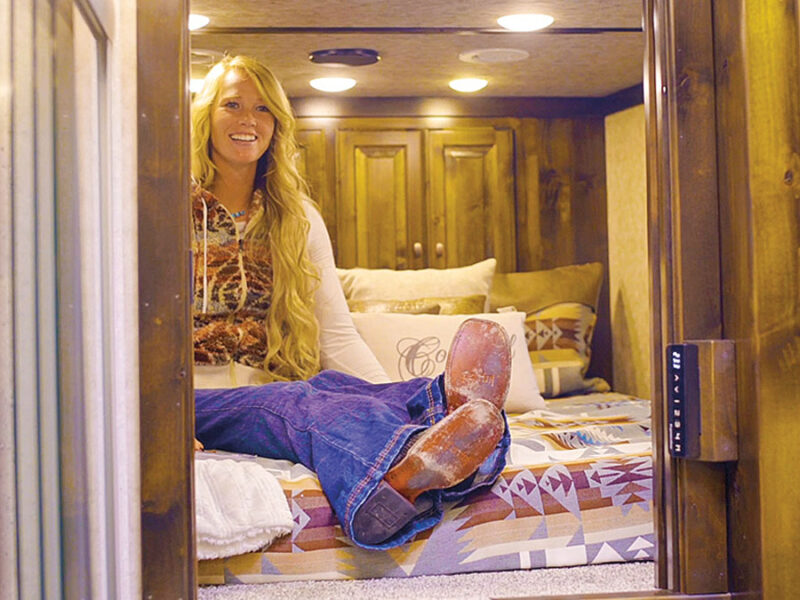 amberley snyder signature quarters hart trailers cowgirl magazine