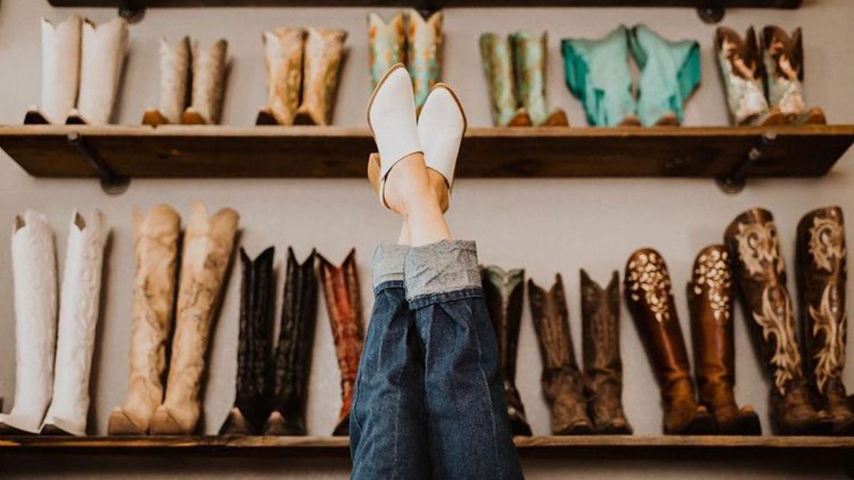 closet-cleanout-cowgirl-magazine