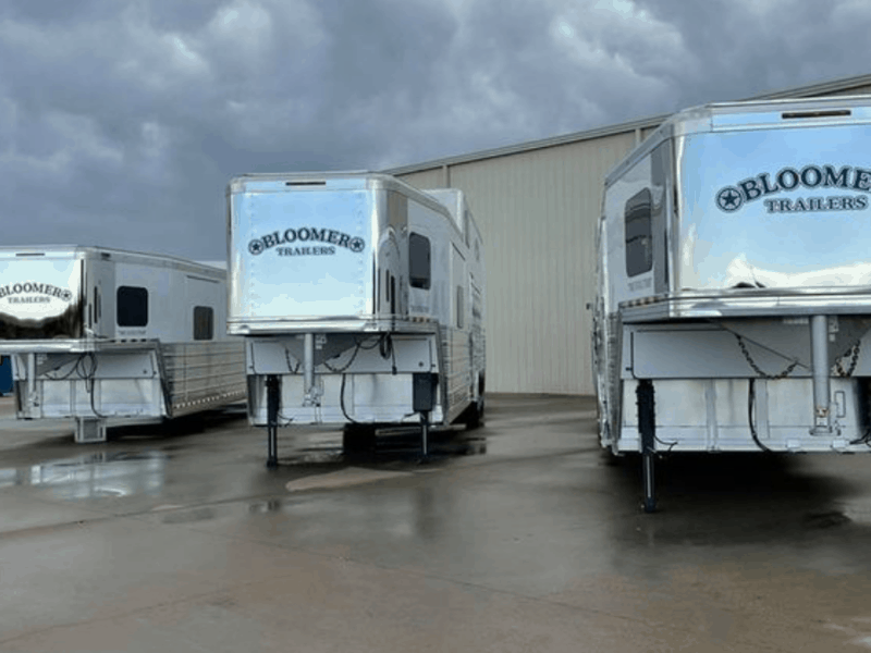 cowgirl-magazine-horse-trailer-necessities