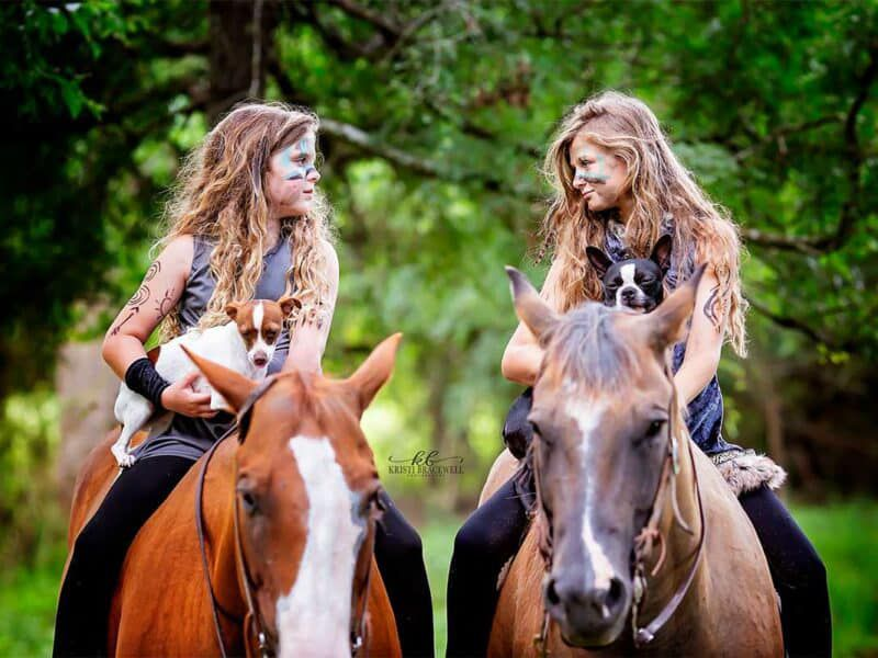 strong women cowgirl magazine