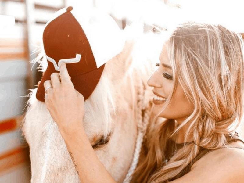 cowgirl-magazine-hat-storage-hack